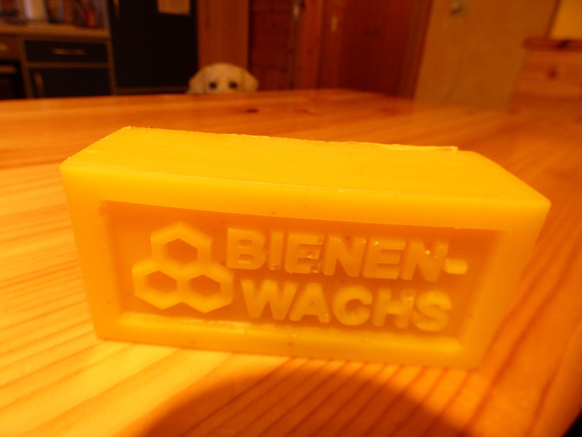 Wachsblock(keine Kerze!)/110g/9cmx3cmx4,5cm